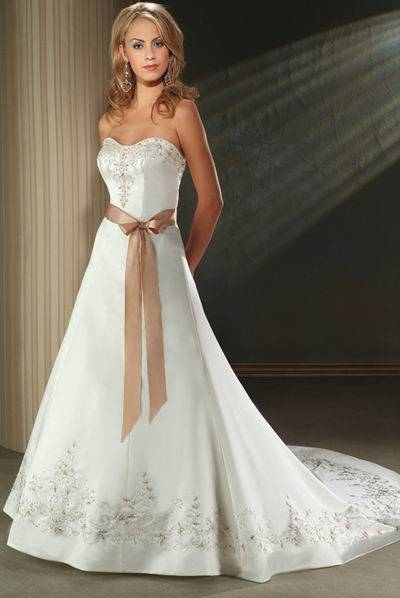 High quality satin embroidery bridal wedding dress with for Wedding dress with red ribbon on waist